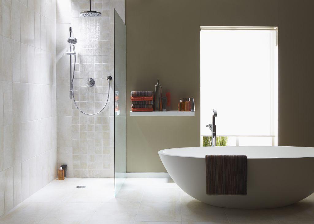 Badewanne oder Dusche