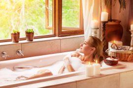 Freitags liege ich in der Badewanne – warum das Bad zum strategischen Raum im Haus wird
