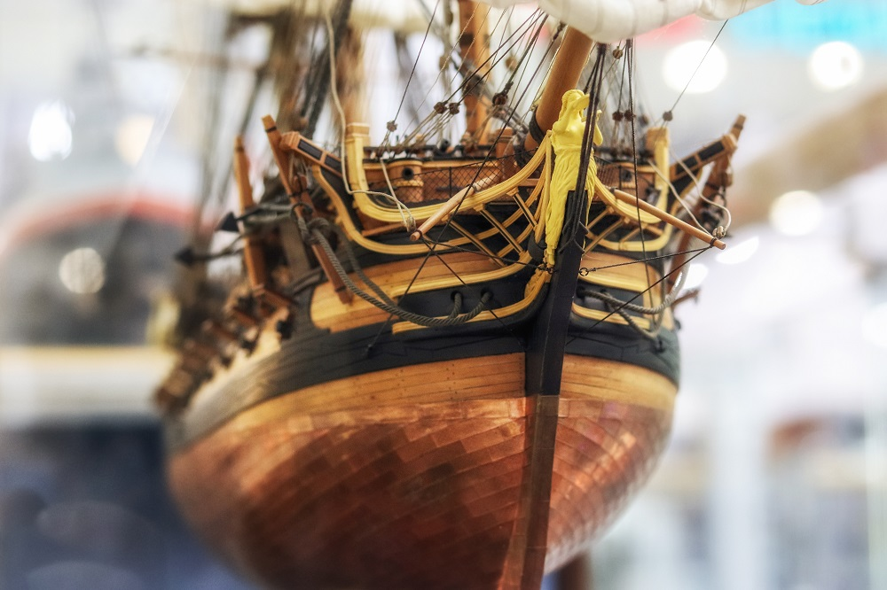 segelboot-schmuecken