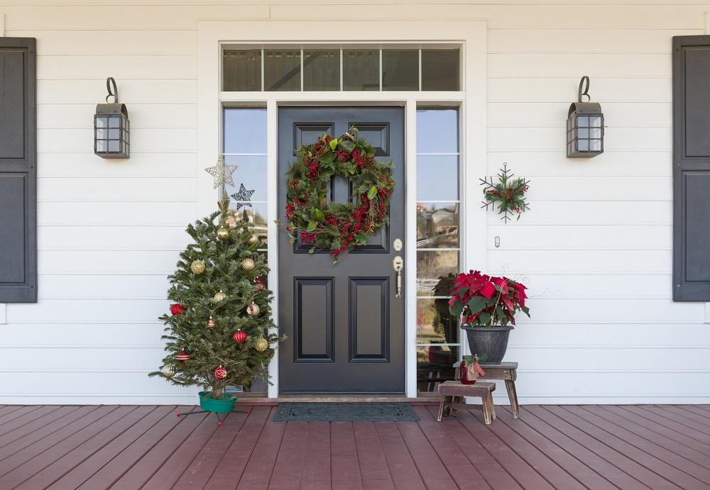 weihnachtskranz-am-eingang