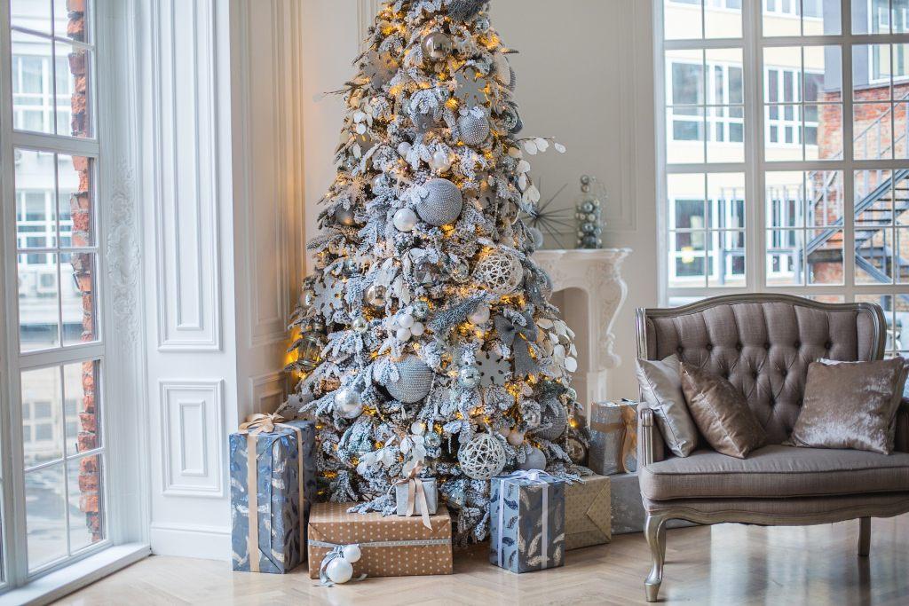 weihnachtsbaum-zimmerecke-feng-shui