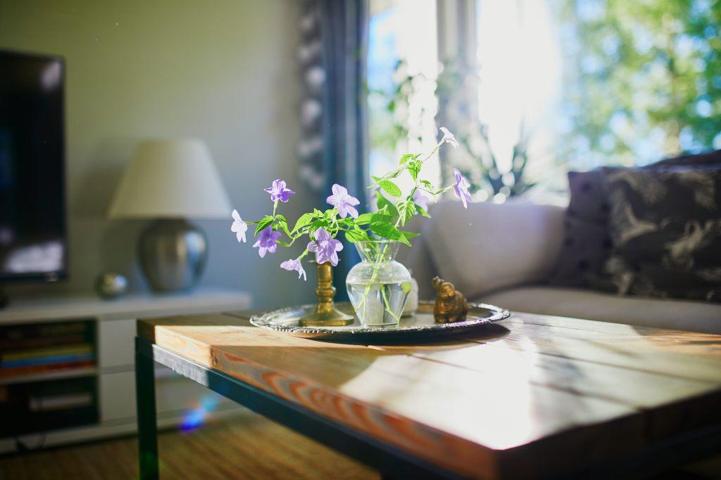 kaffeetisch-wohnzimmer