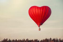 Valentinstag – Erwartungen vs. Realität. Wie macht man den Tag zu etwas Besonderem?