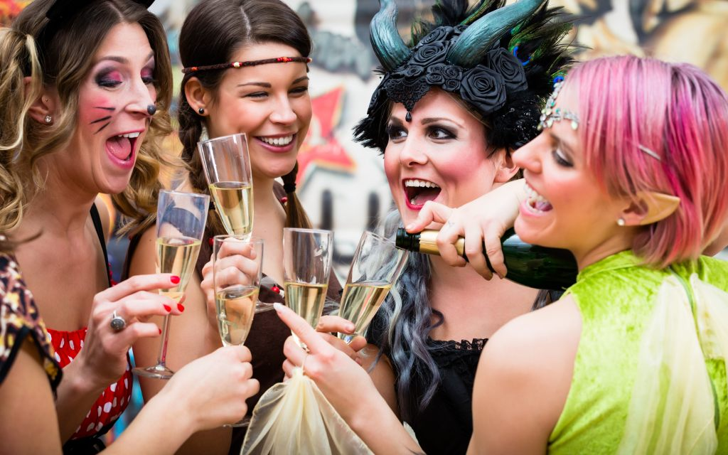 weiberfastnacht-karneval-fasching