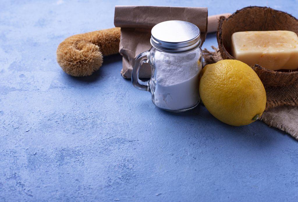 natuerliche-reinigungsmittel-frühjahrsputz