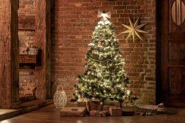 Perfekte Weihnachtsdeko in den 4 angesagtesten Einrichtungsstilen
