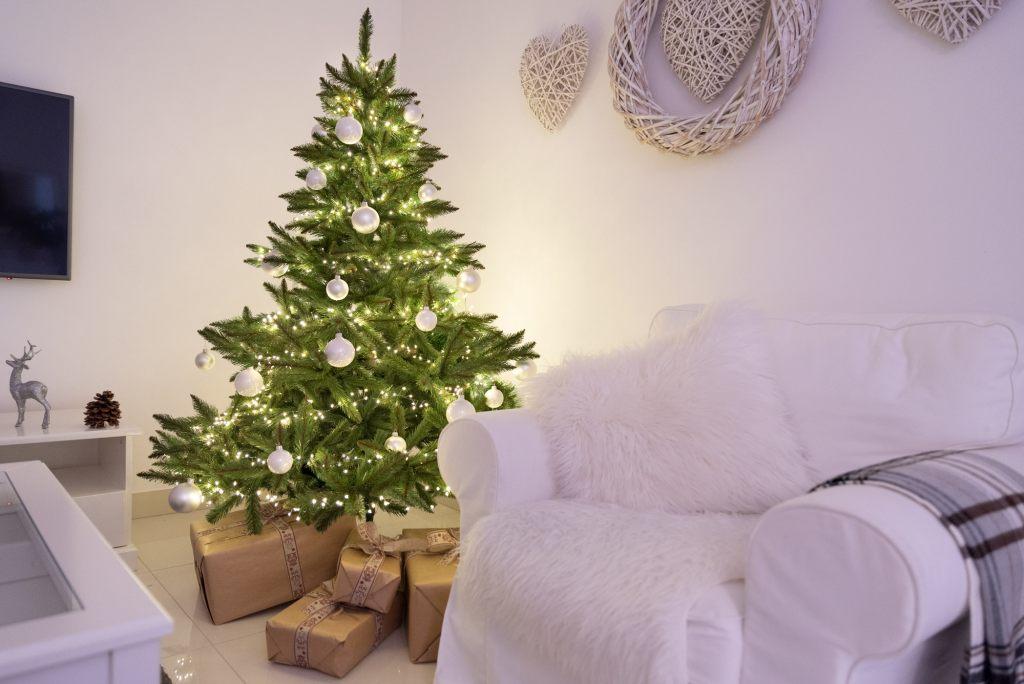 fairytrees-weihnachtschmuck-wohnzimmer