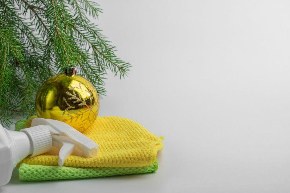reinigen-von-kunstlichem-weihnachtsbaum