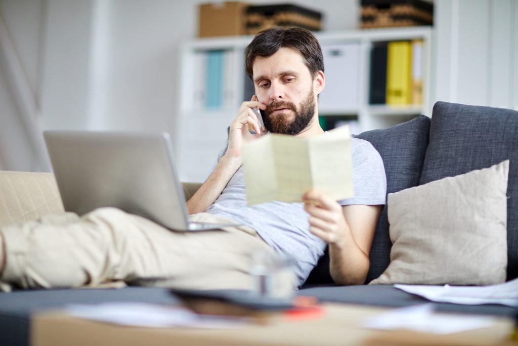 arbeiten-auf-der-couch-muss-nicht-sein-heimburo