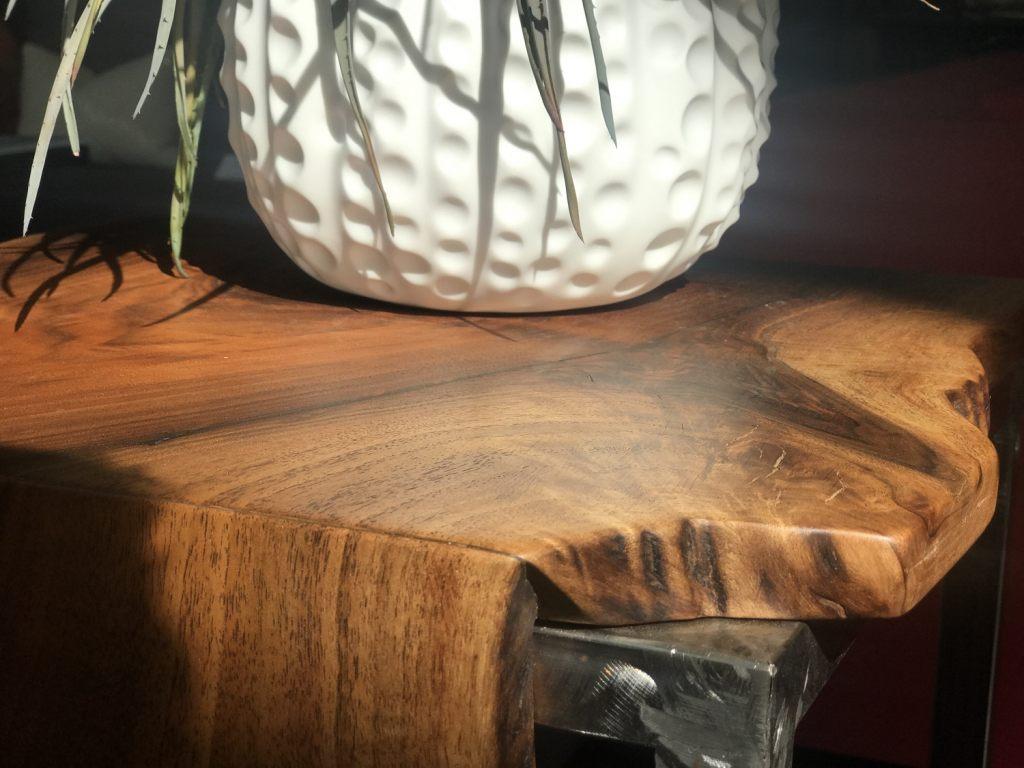 nussbaumholz-ideales-mobelholz