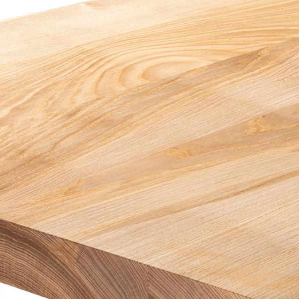 Kompakter Küchentisch mit gerader Tischkante 60x60x76 cm