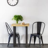 Vorschau: Tischplatte aus Massivholz für einen Couchtisch mit gerader Kante 60x60 cm